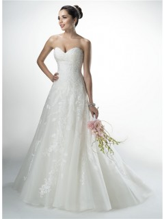 Beautiful A Line Strapless Sweetheart Tulle Applique Wedding Dress With Buttons