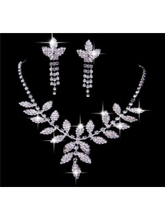 Elegant Shining crystals Wedding Bridal Jewelry Set,Including Necklace and Earrings
