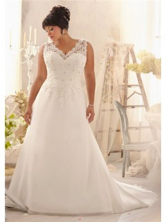 Princess A Line V Neck Organza Lace Plus Size Wedding Dress Corset Back With Straps