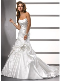 Trumpet/ Mermaid Sweetheart Satin Wedding Dress With Pick Up Skirt Beading Pleat