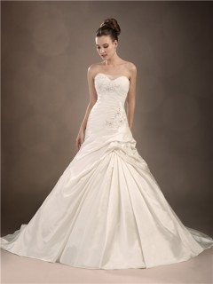 Trumpet/Mermaid sweetheart chapel train taffeta wedding dress