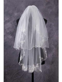 Vintage Two Tiers Tulle Embroidery Ruffled Fingertip Length Wedding Bridal Veil
