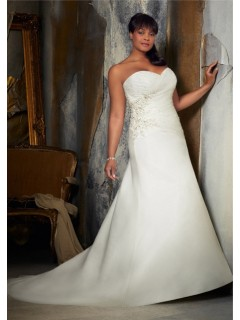 A Line Sweetheart Corset Back Ruched Organza Lace Plus Size Wedding Dress With Pearls