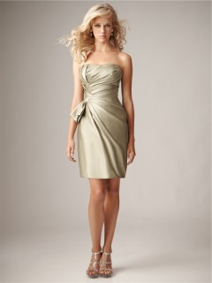 Sheath Column Sweetheart Mini Short Silk Satin Ruched Bridesmaid Dress