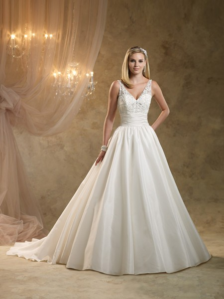 Ball Gown Deep V Neck Sleeveless Ivory Ruched Taffeta Wedding Dress With Lace