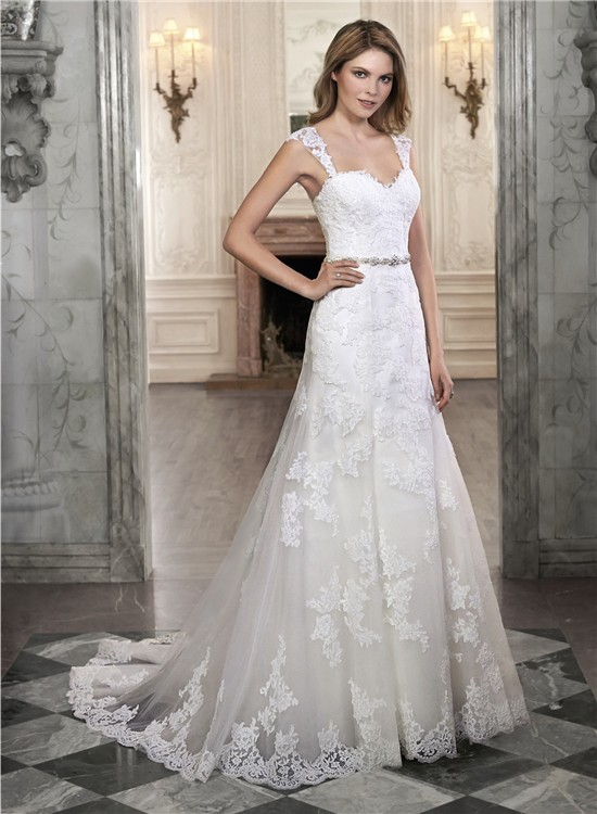 A Line Strapless Sweetheart Lace Corset Wedding Dress With Detachable Straps