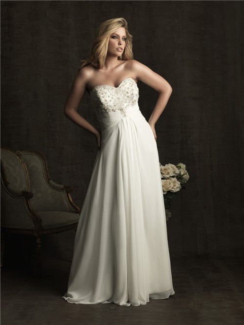 Elegant A line sweetheart chiffon plus size beach wedding dress with beading and buttons