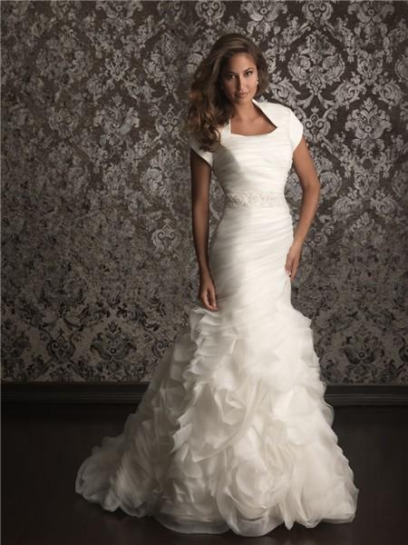 Trumpet/ Mermaid collar court train organza wedding dress with short sleeves