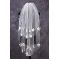 Fairytale Two Tiers Tulle Flowers Fingertip Length Wedding Bridal Veil