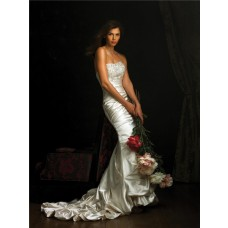 Stunning Slim Fitted Mermaid Strapless Ivory Satin Wedding Dress With Train