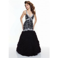 Trumpet/Mermaid sexy v neck backless black beaded prom dress with straps